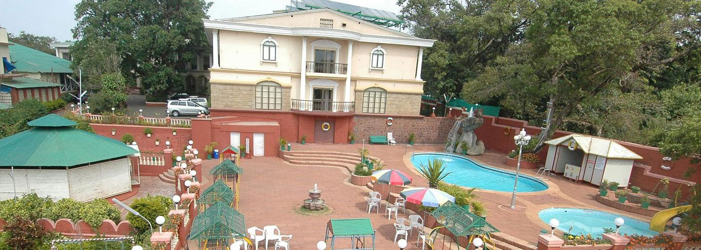 blue mahabaleshwar hotel